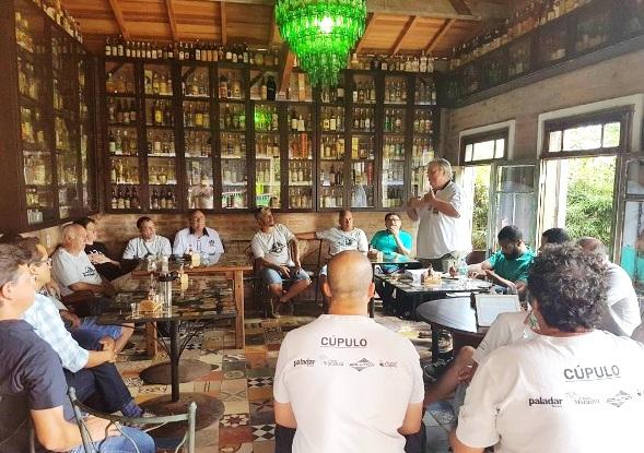 Marcelo Nordskorg fala na sessão aberta da Cúpula da Cachaça (Image: Cesar Adames)